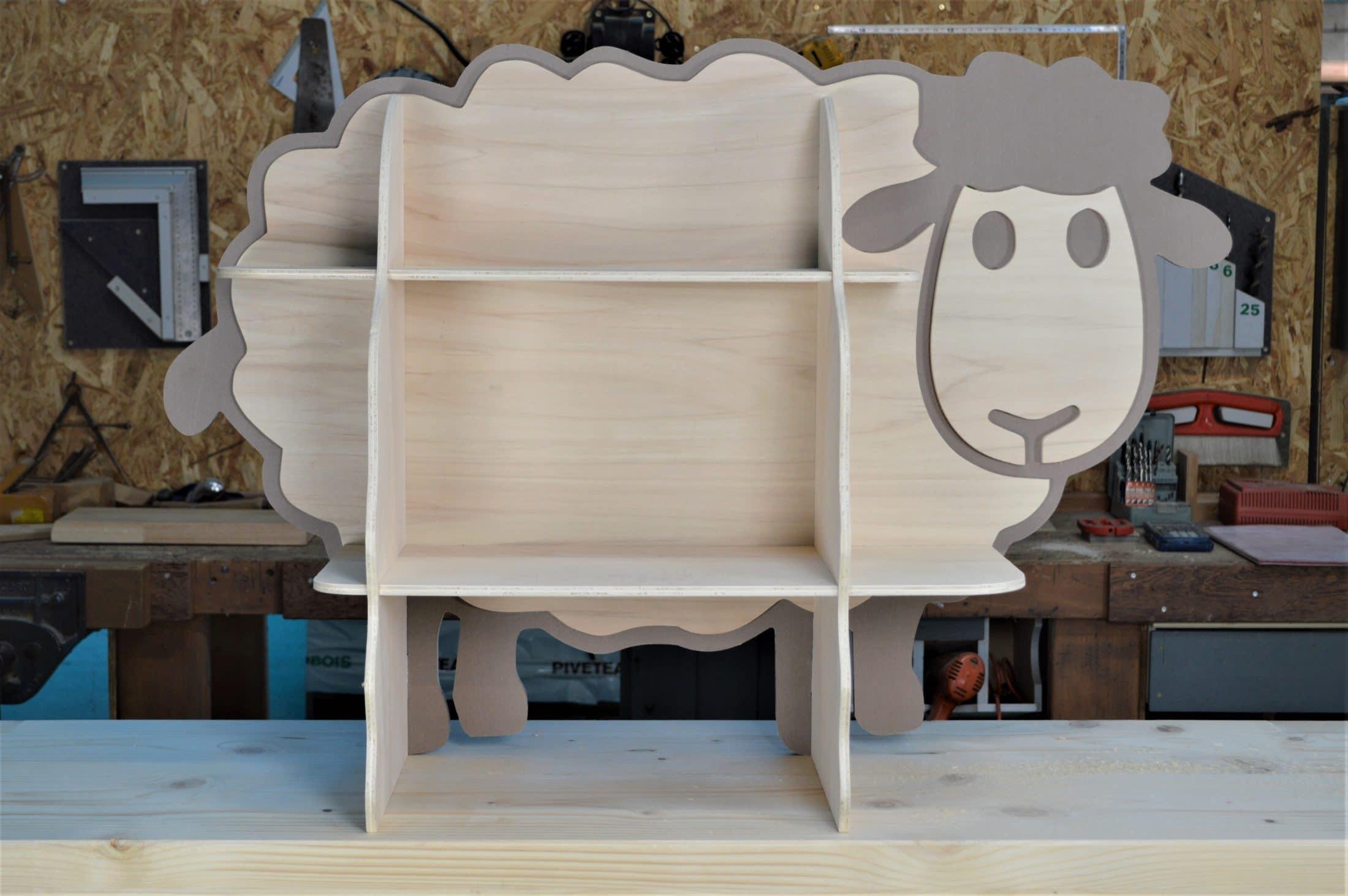 Etagere Pour Chambre Enfant Étagère en forme de mouton pour enfant réalisé sur mesure